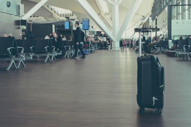 Cum îți protejezi bagajul până ajungi la destinație pe timp de pandemie?